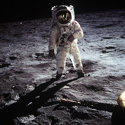 Commercial space flights to the moon could begin by 2020